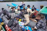 Fasharkan TNI AL Manokwari jemput bola vaksinasi nelayan di laut