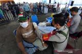 Masyarakat nelayan di Makassar antusias ikuti vaksinasi COVID-19