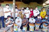 Gubernur Kaltara Salurkan Bantuan Beras Untuk Warga Terdampak COVID-19