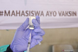Pertengahan Juli, polisi akui sempat kekurangan tenaga dokter dan relawan vaksin COVID