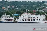 Pelayanan pelabuhan penyeberangan Baubau-Waara kembali normal