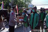 Alumni Akpol 2000 bagikan ribuan paket sembako di Boyolali