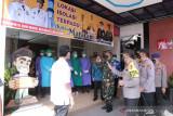 Kabaharkam Polri meninjau pola penanganan COVID-19 di Kota Mataram
