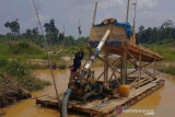 Penambangan emas ilegal di Kuansing diberantas, sejumlah alat dimusnahkan