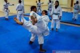 Tim Karate Papua Targetkan Dua Emas Pon