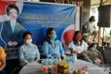 Wakil Ketua DPRD Van Bone gelar reses juga pengobatan gratis