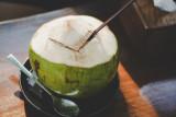 Air kelapa baik untuk tubuh asal  tidak diminum berlebihan