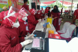 DPC PDI Perjuangan dan Pemkot Bandarlampung gelar vaksinasi