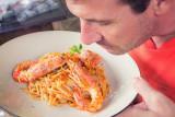 Atasi 'food cravings' dengan mencium aroma makanan selama dua menit