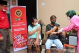 Saat vaksinasi digelar BIN Daerah Sumbar di Pessel, ini kata Presiden Jokowi lewat virtual
