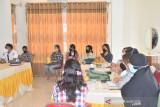 Relawan PMI Morowali Utara  dilatih cara melakukan vaksinasi COVID-19