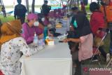 Dispar DIY menggelar vaksinasi wisata di Laguna Pantai Glagah