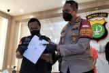 Polisi tangkap AH penipu artis dengan  mengatasnamakan presiden