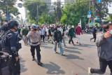 Kapolres Jakarta Pusat akui empat polisi diserang massa pendukung Rizieq Shihab