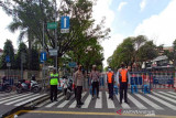 Kurangi mobilitas masyarakat, penyekatan enam ruas jalan di Solo dipertahankan