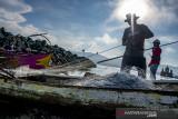 Hasil Tangkapan Nelayan Menurun Akibat Cuaca