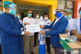 Kadin Sulteng  bantu puluhan tabung oksigen untuk RS di Parigi Moutong