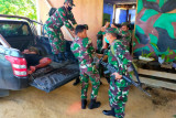 Empat Anggota TNI AD meninggal diserang OTK di Papua Barat