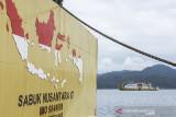 Sejumlah kapal perintis mulai bersandar untuk mengangkut barang dan penumpang di Pelabuhan Yos Sudarso, Kota Ambon, Maluku, Kamis (2/9/2021). Kementerian Perhubungan mengizinkan tujuh kapal perintis yang sejak Agustus 2021 berhenti beroperasi karena Pemberlakuan Pembatasan Kegiatan Masyarakat (PPKM), untuk kembali melayani penumpang dan distribusi barang untuk layanan Tol Laut di wilayah perairan Maluku. (ANTARA FOTO/FB Anggoro)