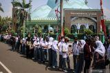 Pemkot Tangerang lakukan penyisiran pelajar belum vaksin saat PTM