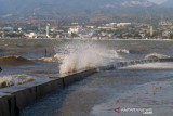 BMKG  imbau nelayan di Sulawesi Tengah waspadai gelombang tinggi
