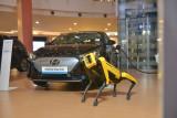 Hyundai Indonesia bersama Boston Dynamic pamerkan robot pintar 'Spot'