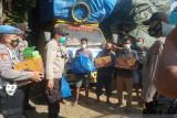 Puluhan truk logistik tujuan NTT tertahan di Pelabuhan Lembar Lombok