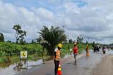 Personel PUPR Kalteng terus pantau perkembangan ruas Bukit Rawi