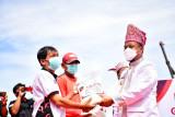 Plt Gubernur Sulsel apresiasi Gebyar Bansos Gotong Royong di Toraja