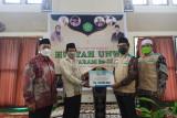 YBM PLN UP3 Mataram berikan bantuan paket sembako