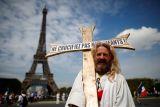 Perancis perpanjang sttatus darurat COVID-19 sampai 31 juli 2022