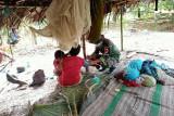 Satgas TNI Yonif 611 berikan layanan kesehatan warga Papua di perbatasan