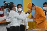 Rektor UHO sambut ribuan mahasiswa baru secara terbatas akibat pandemi