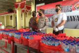Polres Jayawijaya gagalkan penjualan 427 botol minuman keras oplosan