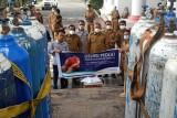 Dukung penanganan pandemi, DSLNG donasikan suplai oksigen untuk Pemkab Banggai