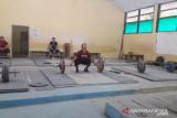PON Papua-Lifter muda Jambi Juliana Clarissa diharapkan sumbang emas PON XX