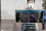 Wow,  disabel ini ciptakan alat baca bahasa isyarat