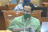 Nadiem: Syarat BOS minimal 60 siswa tak berlaku pada 2022