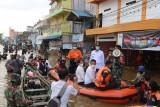 Wabup Barut minta masyarakat jangan bermain di kawasan banjir