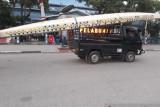 PON Papua- PODSI Sultra memboyong perahu menuju arena PON XX