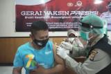 584 karyawan PLN di NTB ikut vaksinasi COVID-19 serentak
