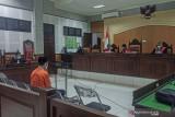 Terdakwa korupsi dana Desa Kuripan dituntut 5,5 tahun penjara
