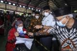 Kasus positif COVID-19 bertambah 5.376 orang, tertinggi di Jawa Barat