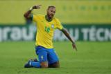 Neymar mengeluh karena penggemar cuek