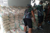 Kodim 1418 Mamuju salurkan beras tiga ton