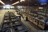 Kondisi eks Pabrik PT Iglas, Gresik, Jawa Timur, Jumat (10/9/2021). PT Iglas yang berdiri tahun 1956 merupakan salah satu perusahaan BUMN yang bergerak di bidang pembuatan kemasan gelas khususnya botol tersebut saat ini dikuasakan oleh pemerintah selaku pemegang saham kepada PT Perusahaan Pengelola Aset (Persero).  Antara Jatim/Zabur Karuru