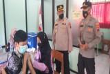 Polres Batang  vaksinasi COVID-19 ratusan pelajar dukung PTM
