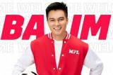 Gali potensi diri lewat kampanye #BuktiinLoBisa bersama Baim Wong