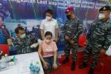 Lantamal VIII gelar Serbuan Vaksinasi dan kenalkan TNI AL kepada masyarakat
