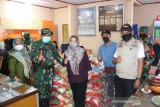 Dinsos Makassar rampungkan penyaluran paket bansos warga terdampak PPKM